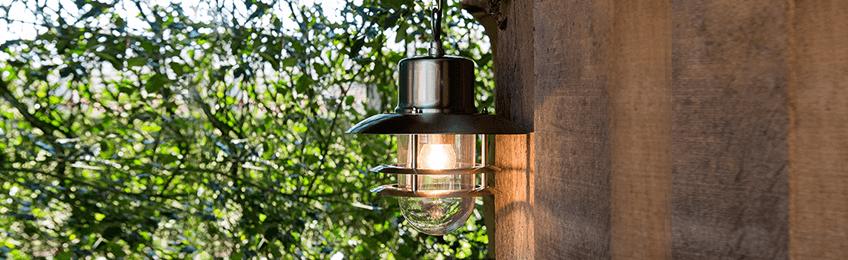 Suspension luminaire extérieur