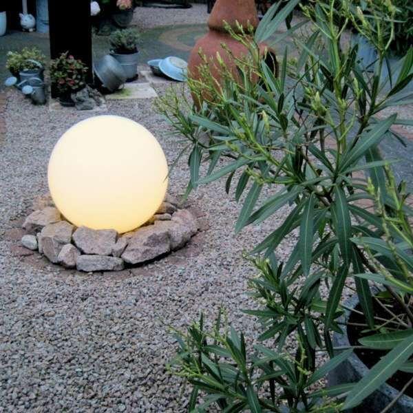 Lampe-d'extérieur-avec-piquet-de-sol-50-cm-IP44---Sphère