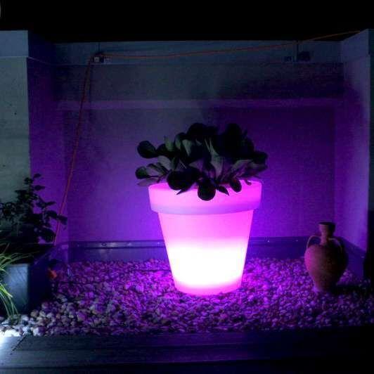Pot-de-fleurs-lumineux-à-LED-grand